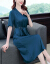 安煕の泡の純色のシルクのワンピース女性2020夏新品の桑蚕糸韓国版Vネック半袖のストラップは腰に縮みが現れます。