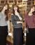レイシのワンピース2つセット2020夏の新品の女装港味復古chicスタイルのだるさと緩さのある9分の袖NI-Tシャツの100着は明らかにやせている日焼け止めのブラウスのブラウスの女性の薄い灰色-【2つのセット】平均サイズ-80-135斤に適しています。